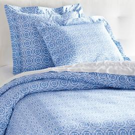 Fresh Holiday Duvet Cover and Shams