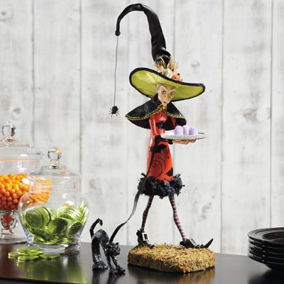 Bewitching Figure, Esmeralda