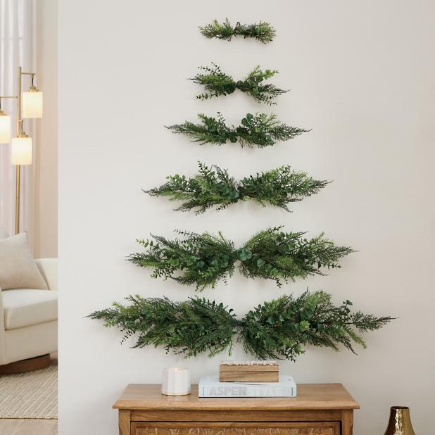 Wall Christmas Trees.Wall Hanging Christmas Tree