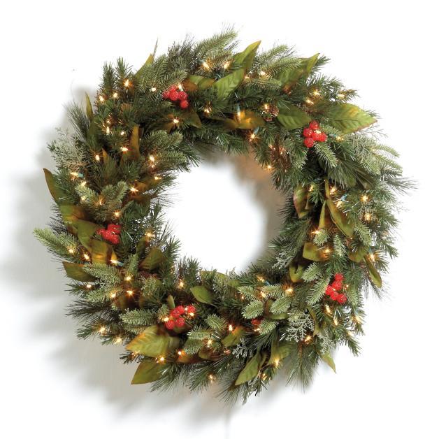 Pre-lit Woodland Christmas Wreath