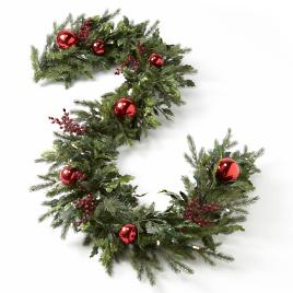 battery operated holly and berry christmas garland - Battery Operated Christmas Garland