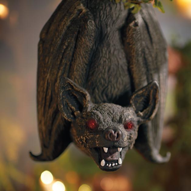 Swinging Bat