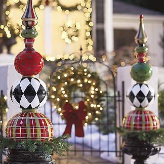 Outdoor Christmas Decorations - Outdoor Christmas Decor | Grandin Road