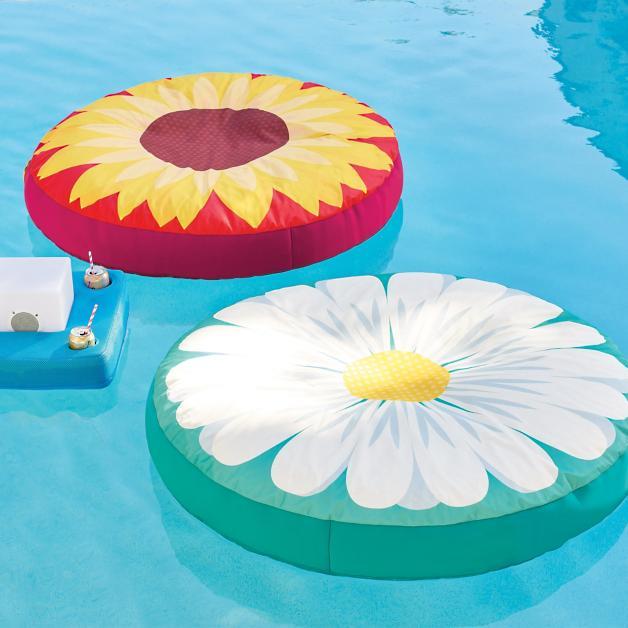 Medallion Flower Floats Grandin Road