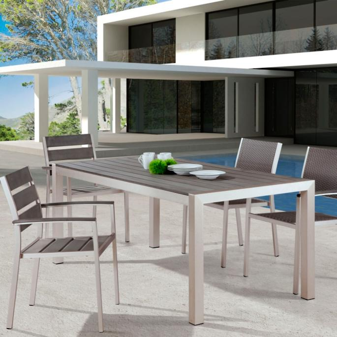 Exceptionnel Metropolitan Dining Table